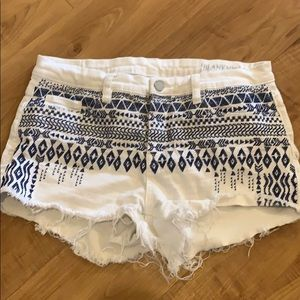 White blue BLANK NYC Jean Shorts Size 30 / 10